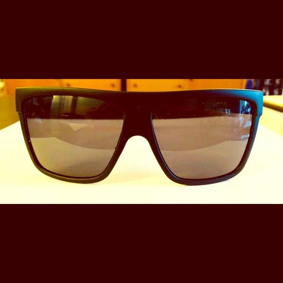 "1c07b8c9077 Quay Australia Accessories - Original Quay Australia sunglasses style "" Barnun"""